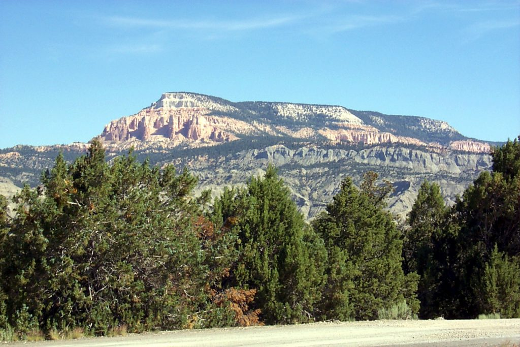 The Aquarius plateau and Powell Point from the east (you saw it from the west at Bryce).