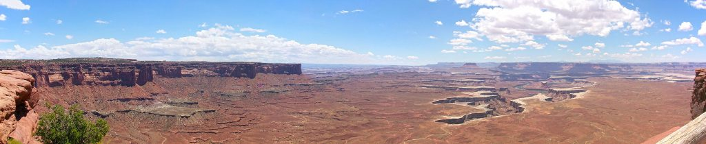 A view south and slightly east to into the Colorado basin.